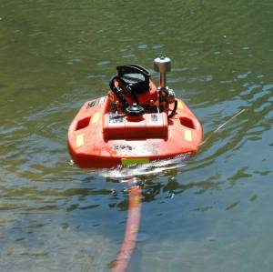 A floating pump in operation