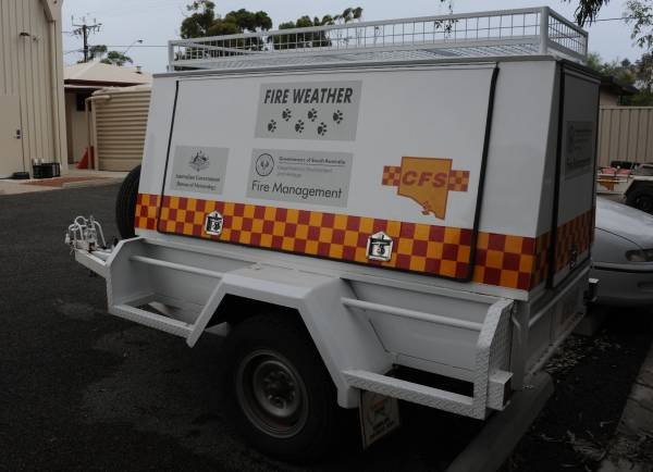 A PAWS trailer deployed to a large fire at Woolundunga